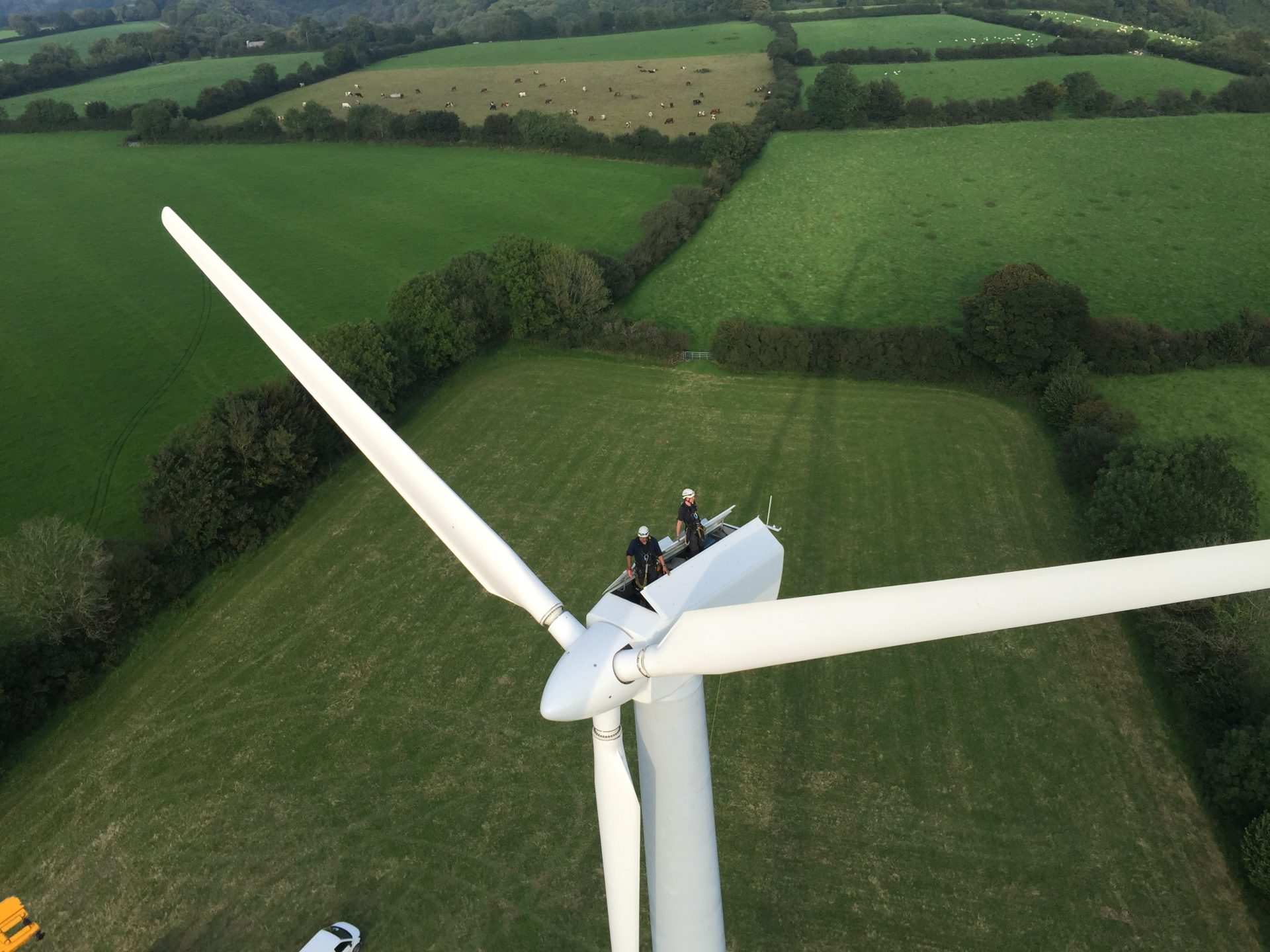 Spectrum Energy Systems - Home - Wind Turbine