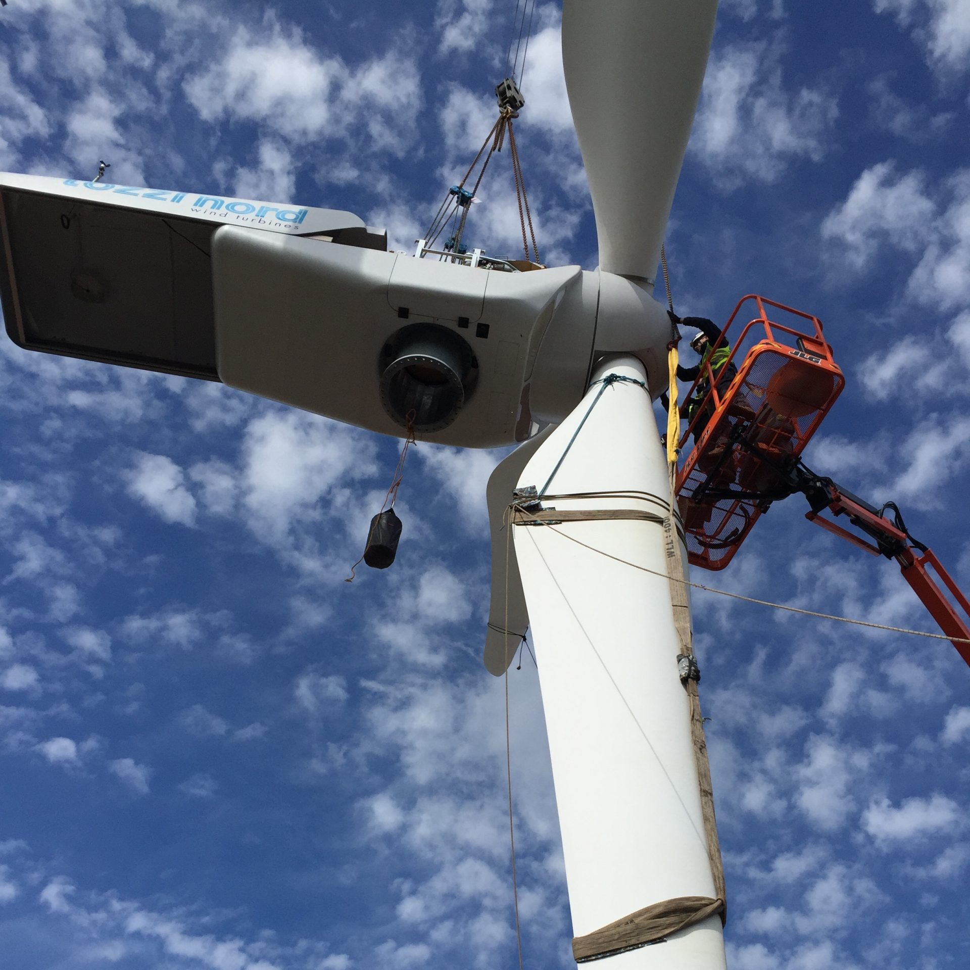 Spectrum Energy Systems - Wind Turbine Repairs - 1