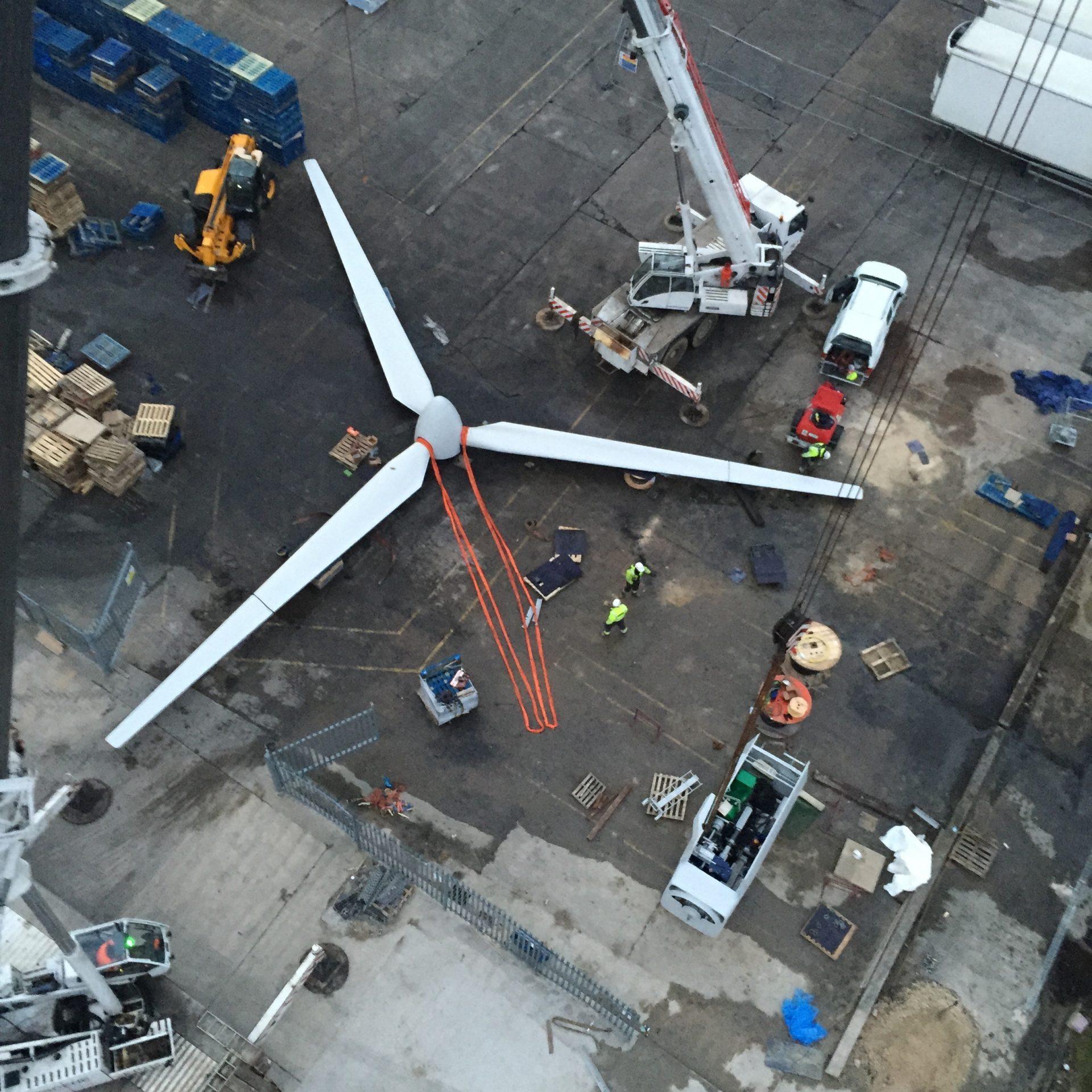 Spectrum Energy Systems - Wind turbine installation - blades2